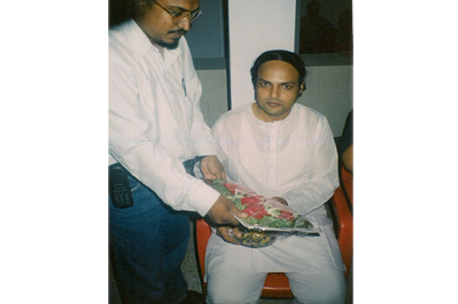 Dr. Layeequr Rahman welcoming Dr. Khurram Khan